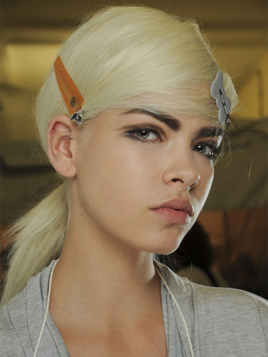 Marc Jacobs - Spring 2013 hair