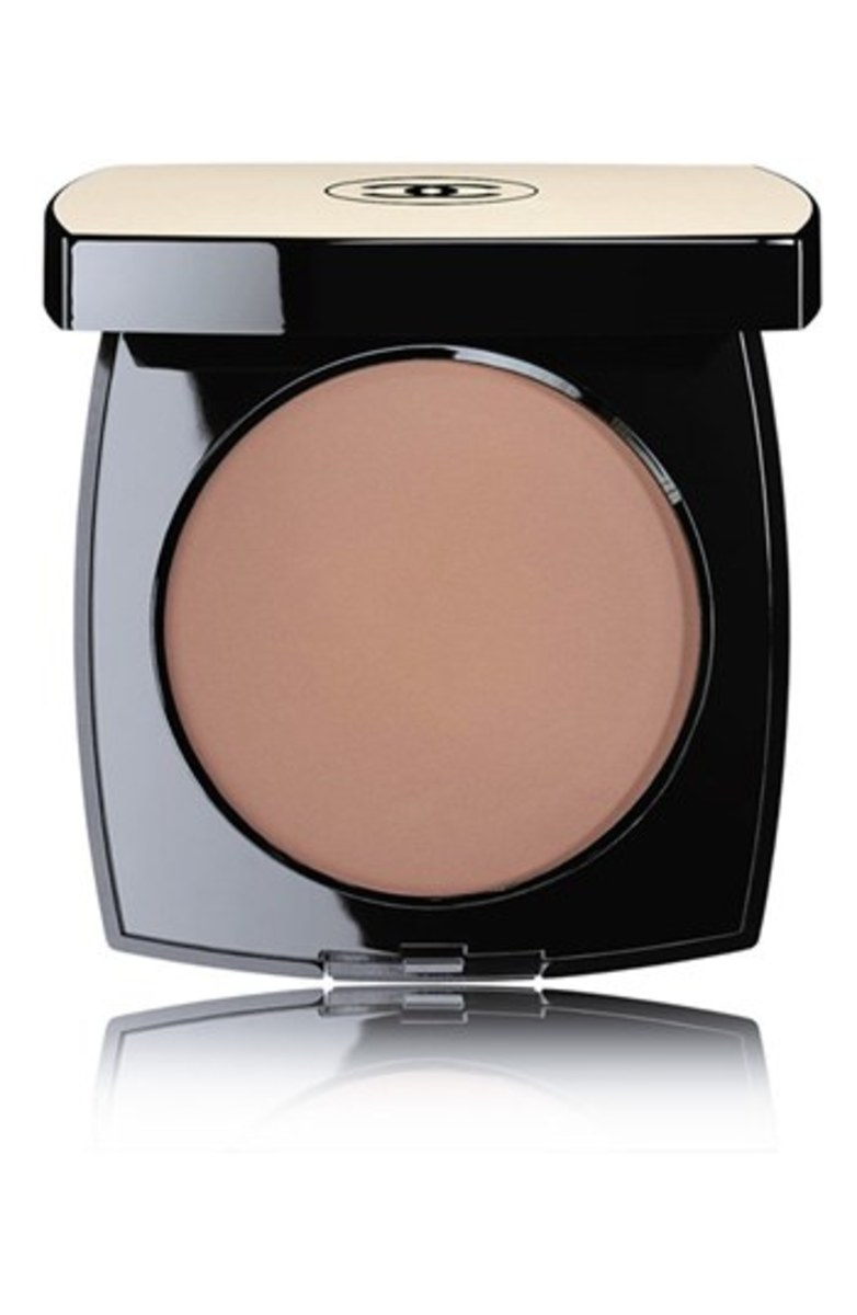 Chanel Les Beiges Healthy Glow Sheer Colour SPF 15 in No. 60