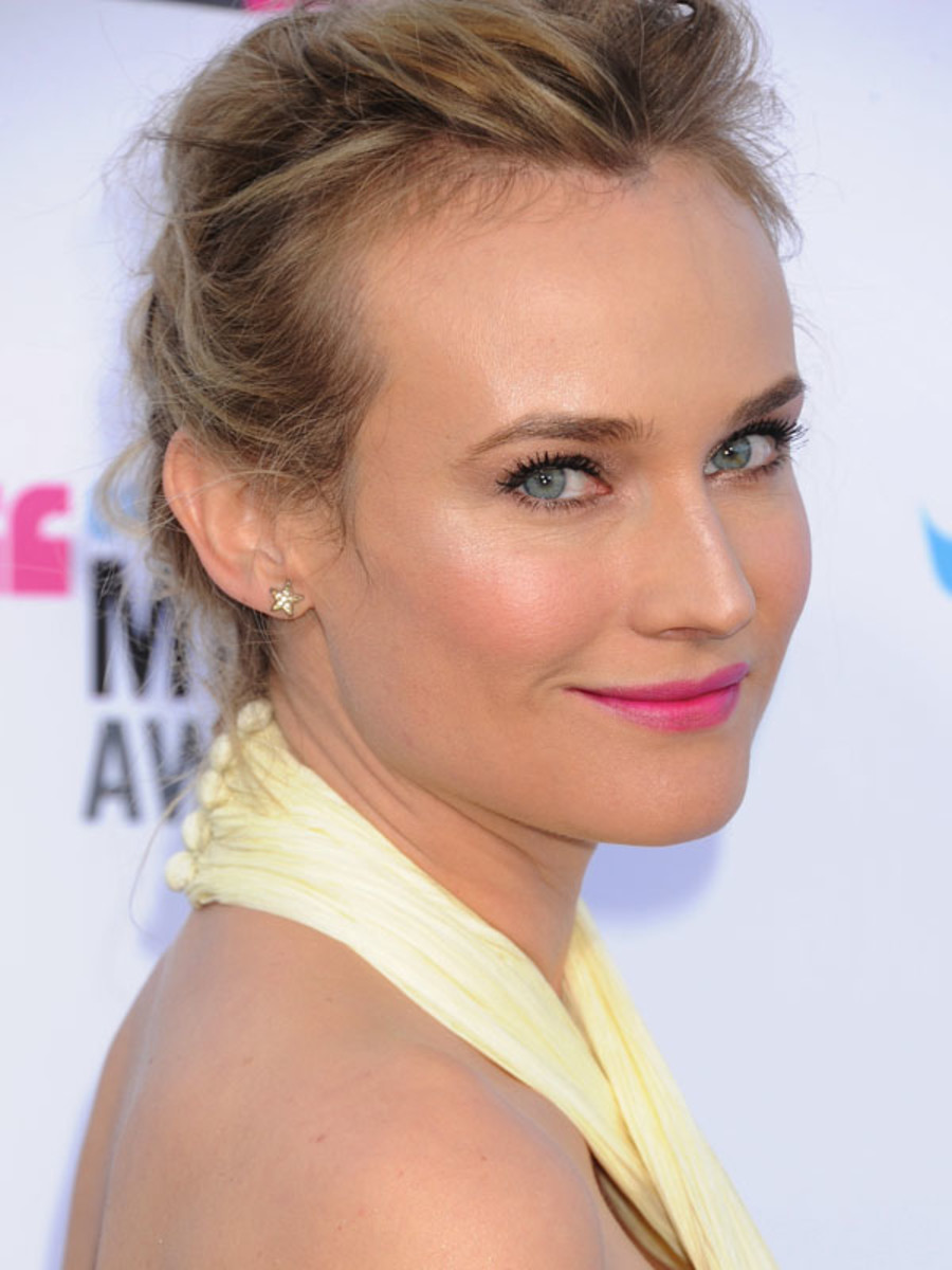 Critics-Choice-Awards-2012-Diane-Kruger