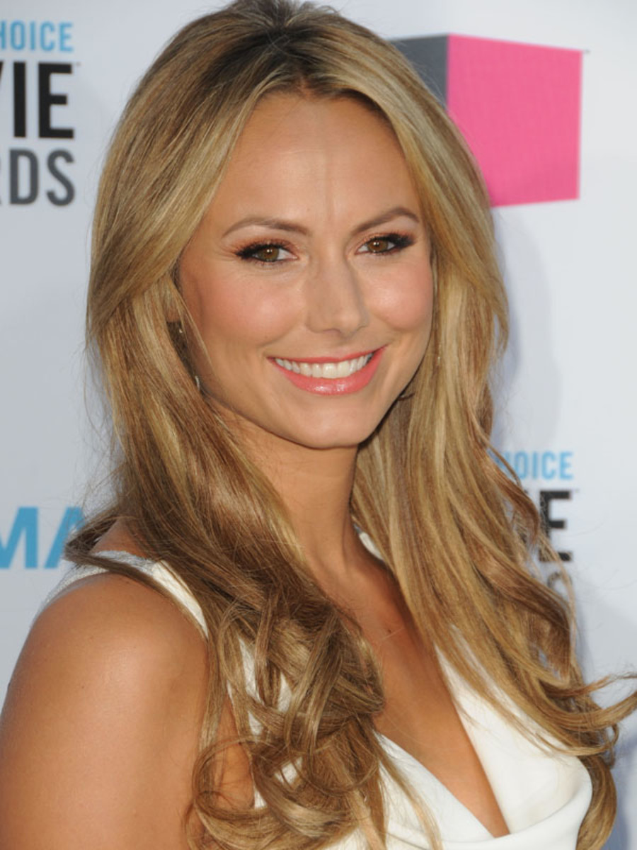 Critics-Choice-Awards-2012-Stacy-Keibler