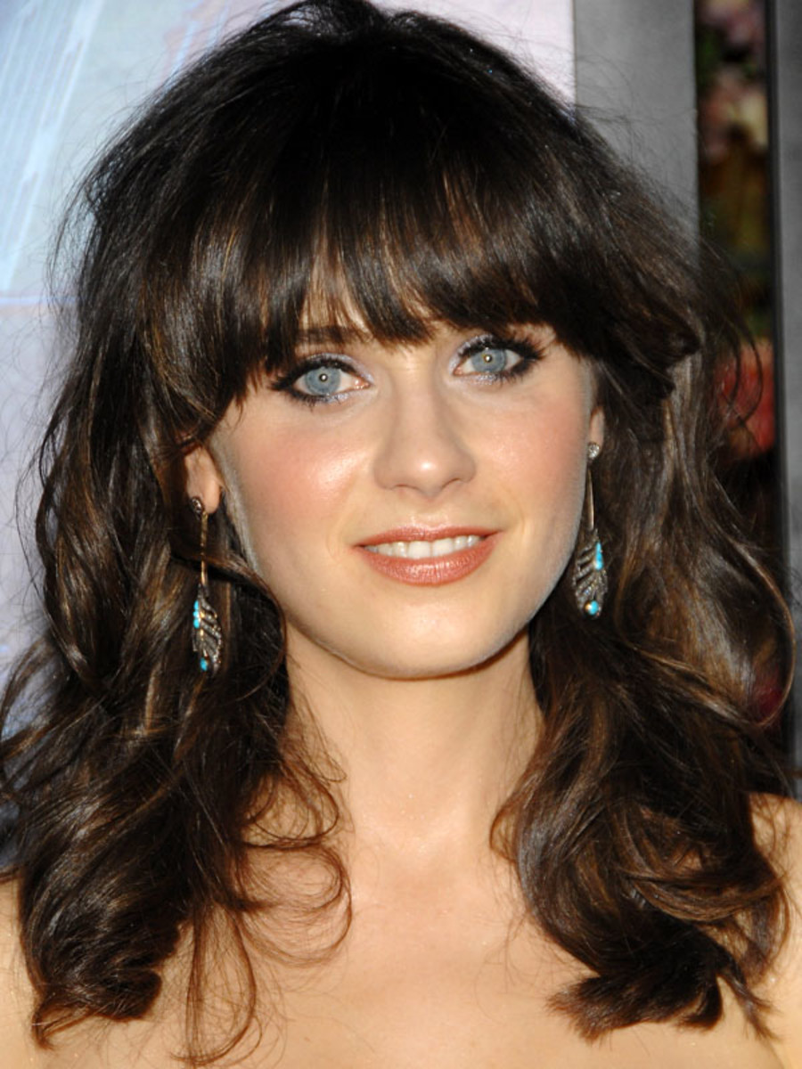 Zooey Deschanel Nude Photos 84