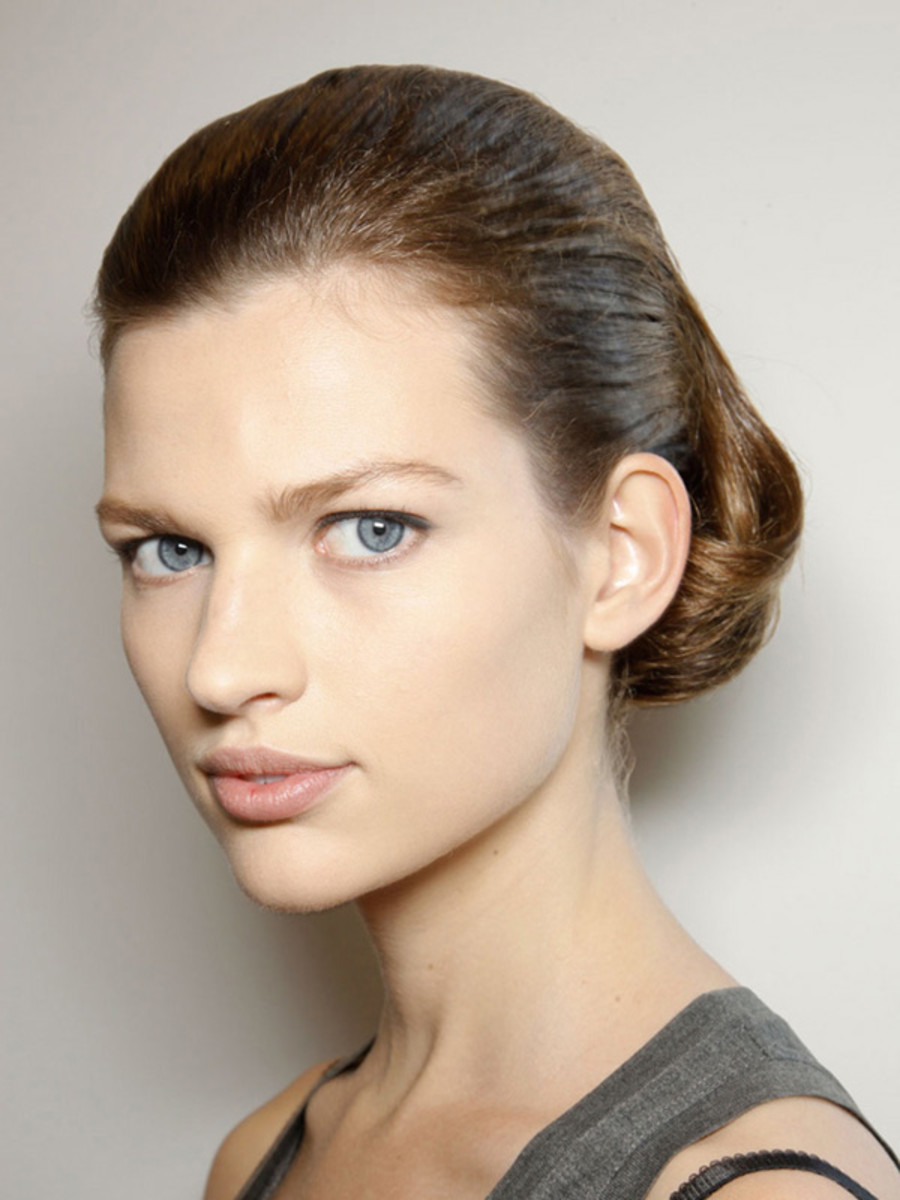 Jil-Sander-Spring-2012-beauty-5