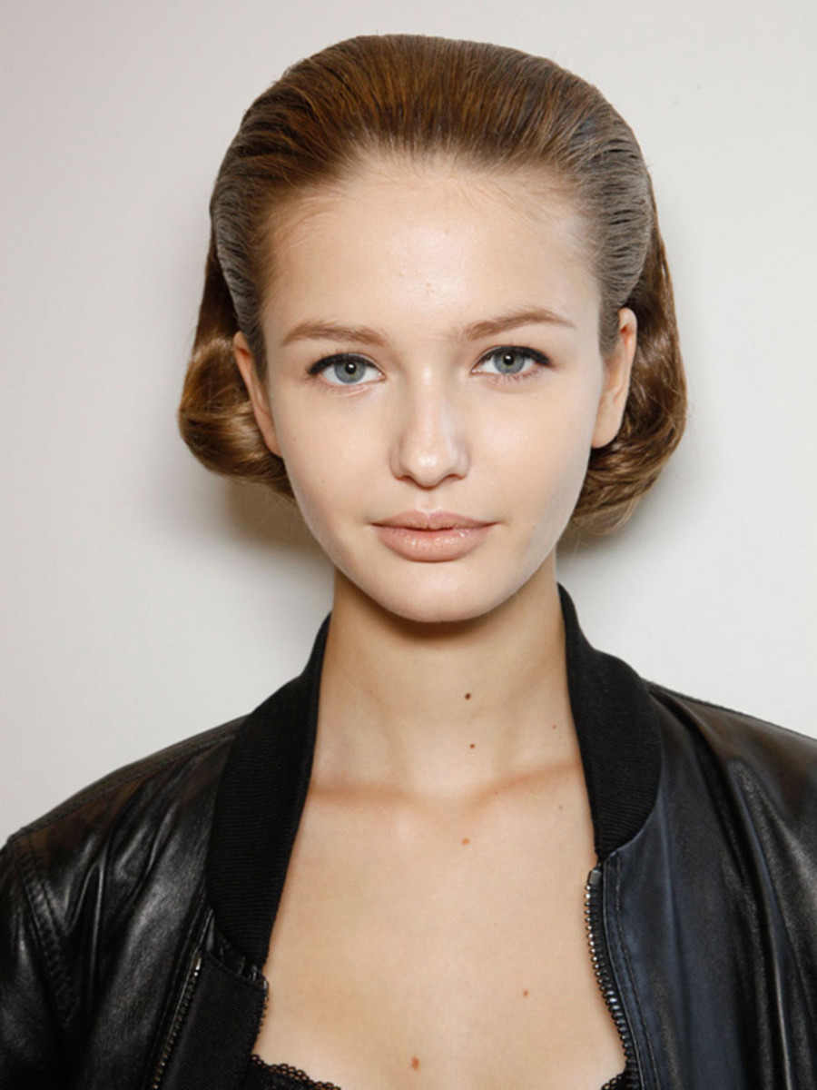 Jil-Sander-Spring-2012-beauty-4