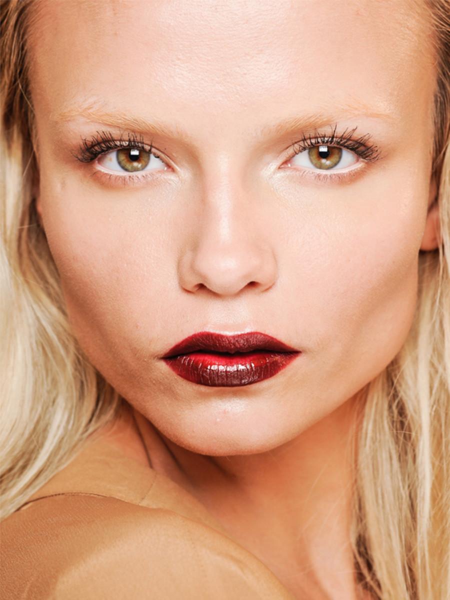 Gucci - Fall 2012 makeup