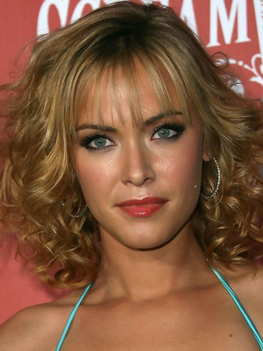 Kristanna Loken heart face bangs