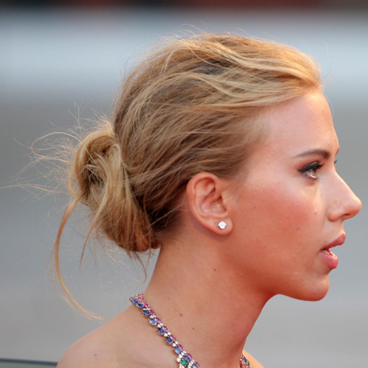 Scarlett Johansson hair - messy bun