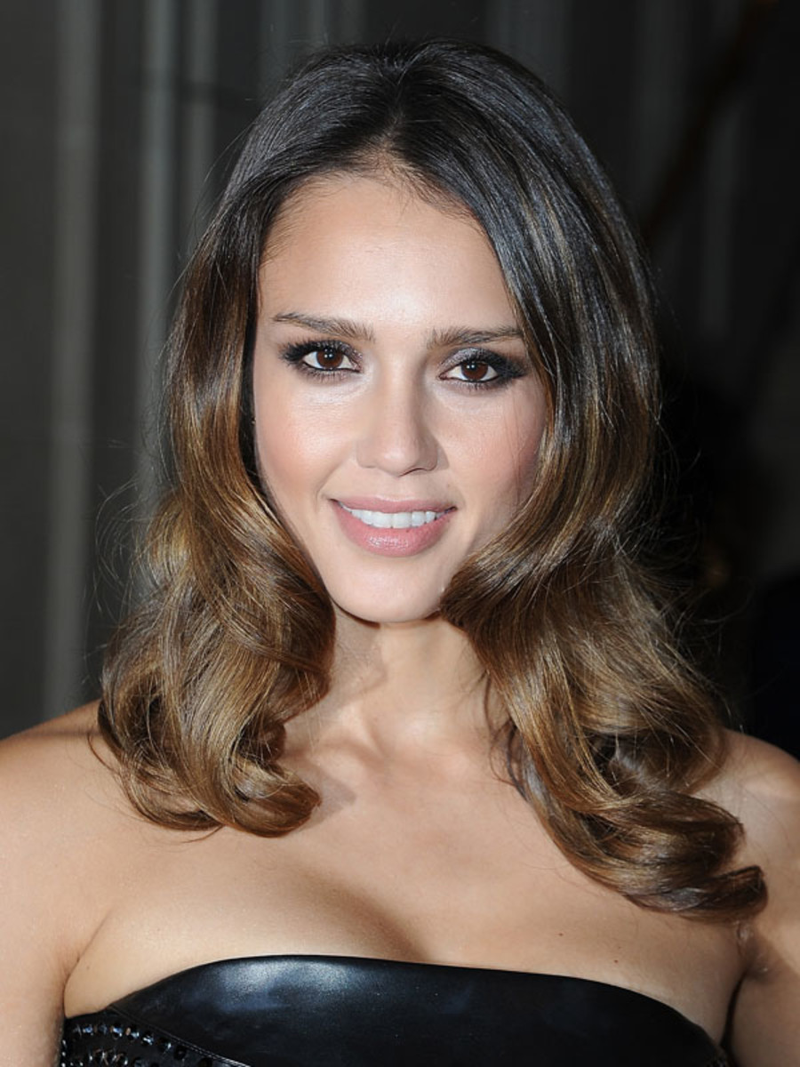 Jessica Alba - Versace Couture Show - July 2012