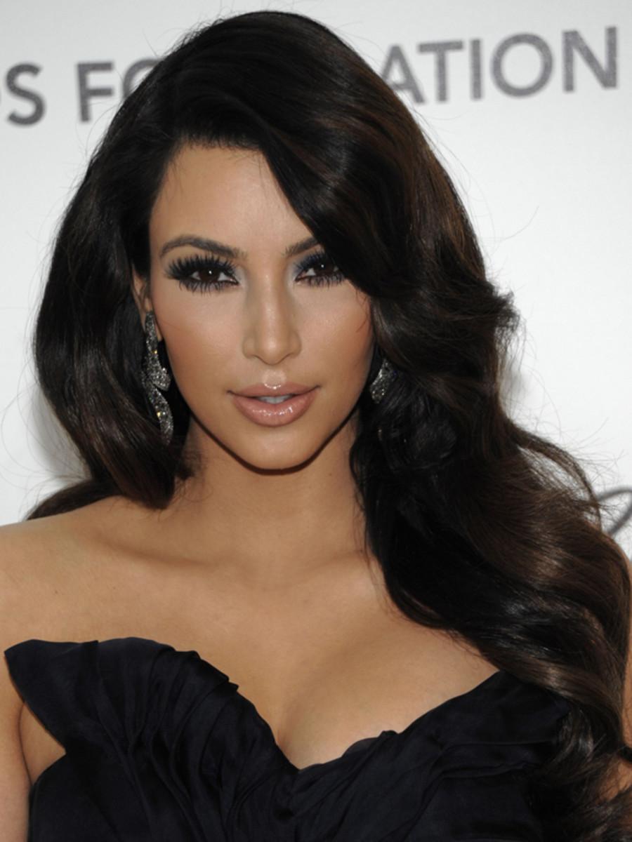 Kim-Kardashian-2011-Elton-John-AIDS-Foundation-Party