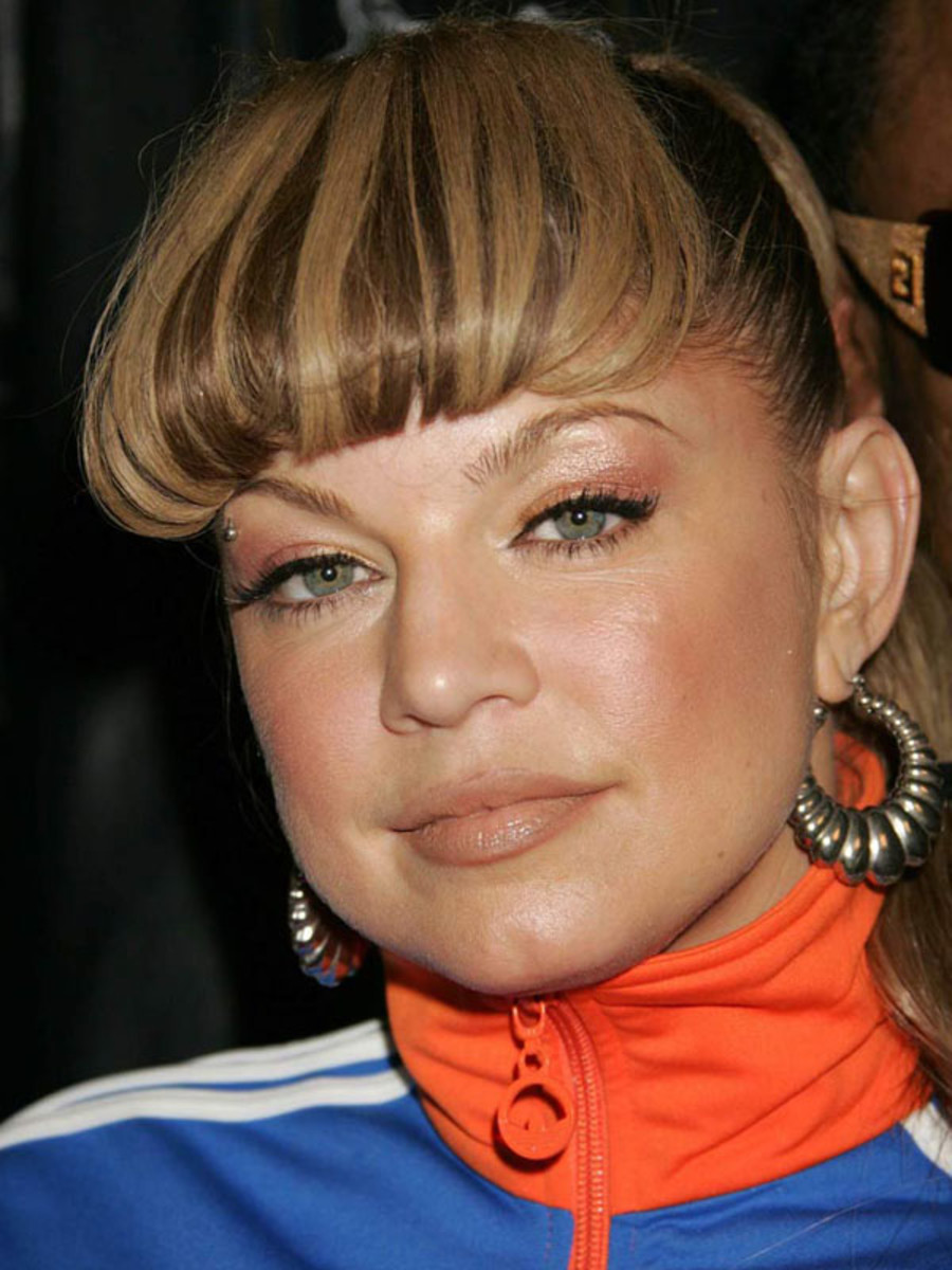 Fergie round face bangs