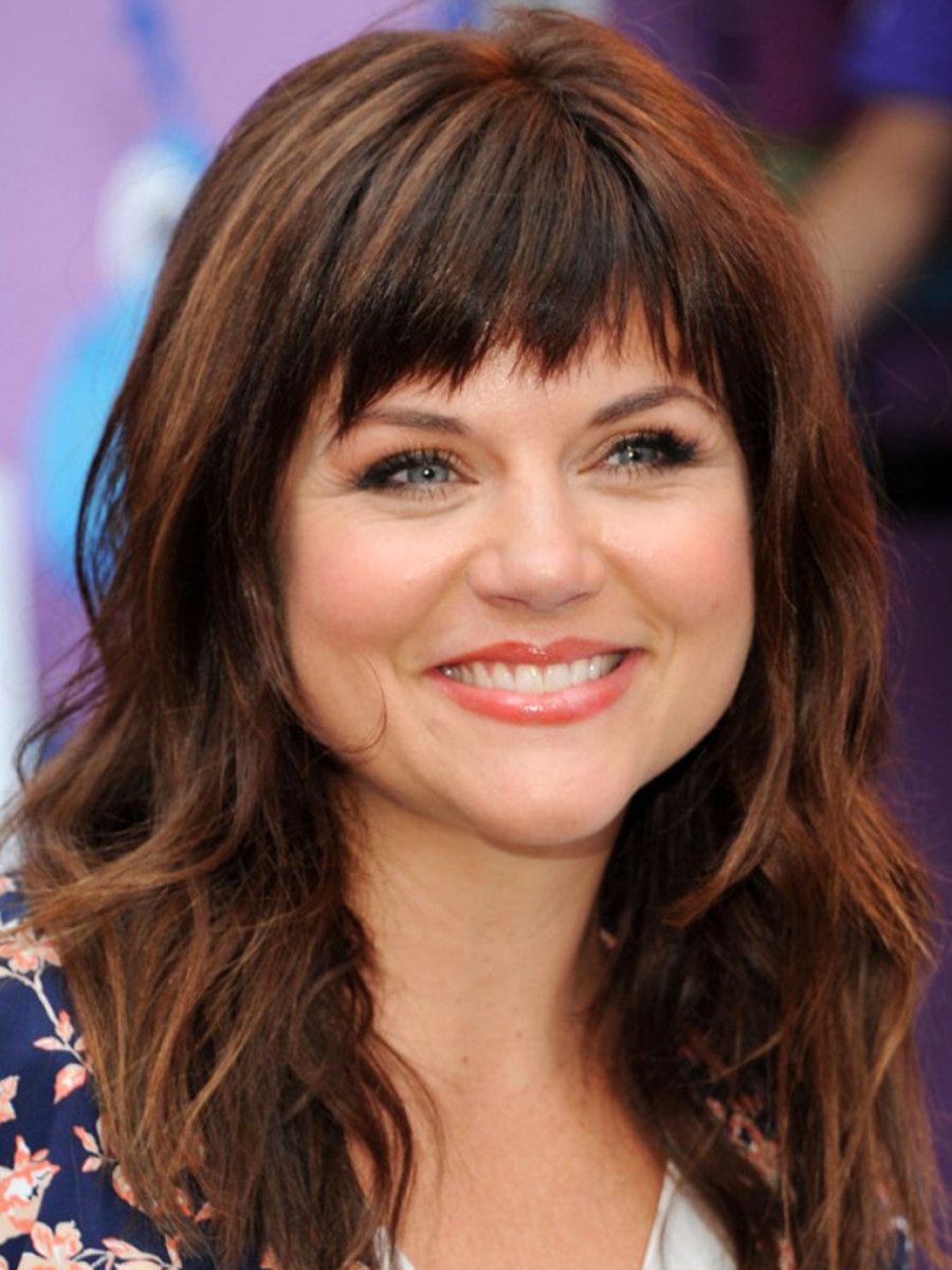 Tiffani Amber Thiessen pear face bangs