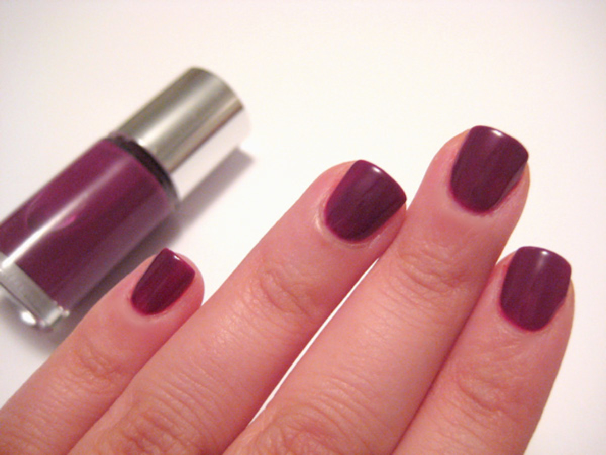Clinique Sensitive Nail Polish - Hot Date