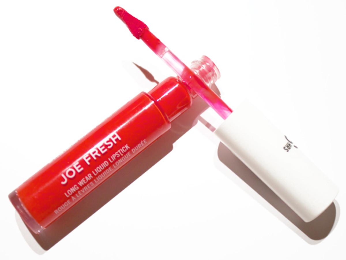 Joe Fresh Long Wear Liquid Lipstick in Rouge