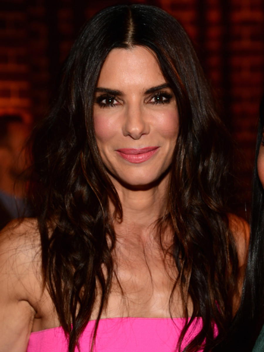 bullock guys Sandra annette bullock is an american actress, producer, and philanthropist  she made her acting debut with a minor role in the 1987 thriller hangmen, and  made her television debut in the film bionic showdown: the six million dollar  man and the bionic woman (1989),.