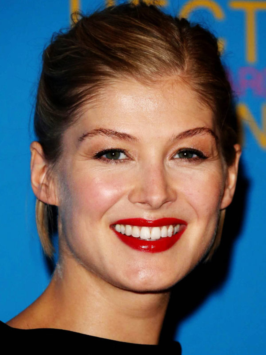 Rosamund Pike, Hector and the Search for Happiness premiere, 2014 (1)