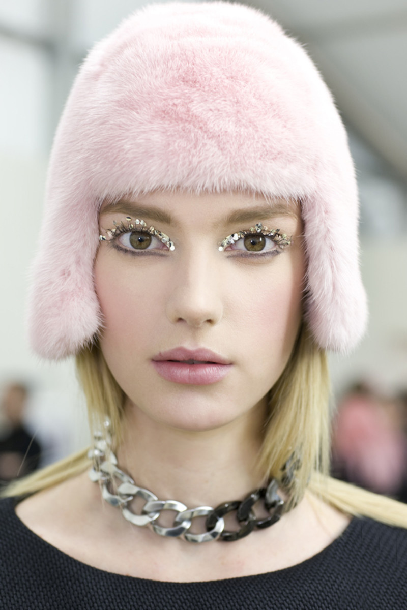 Chanel - Fall 2013 beauty