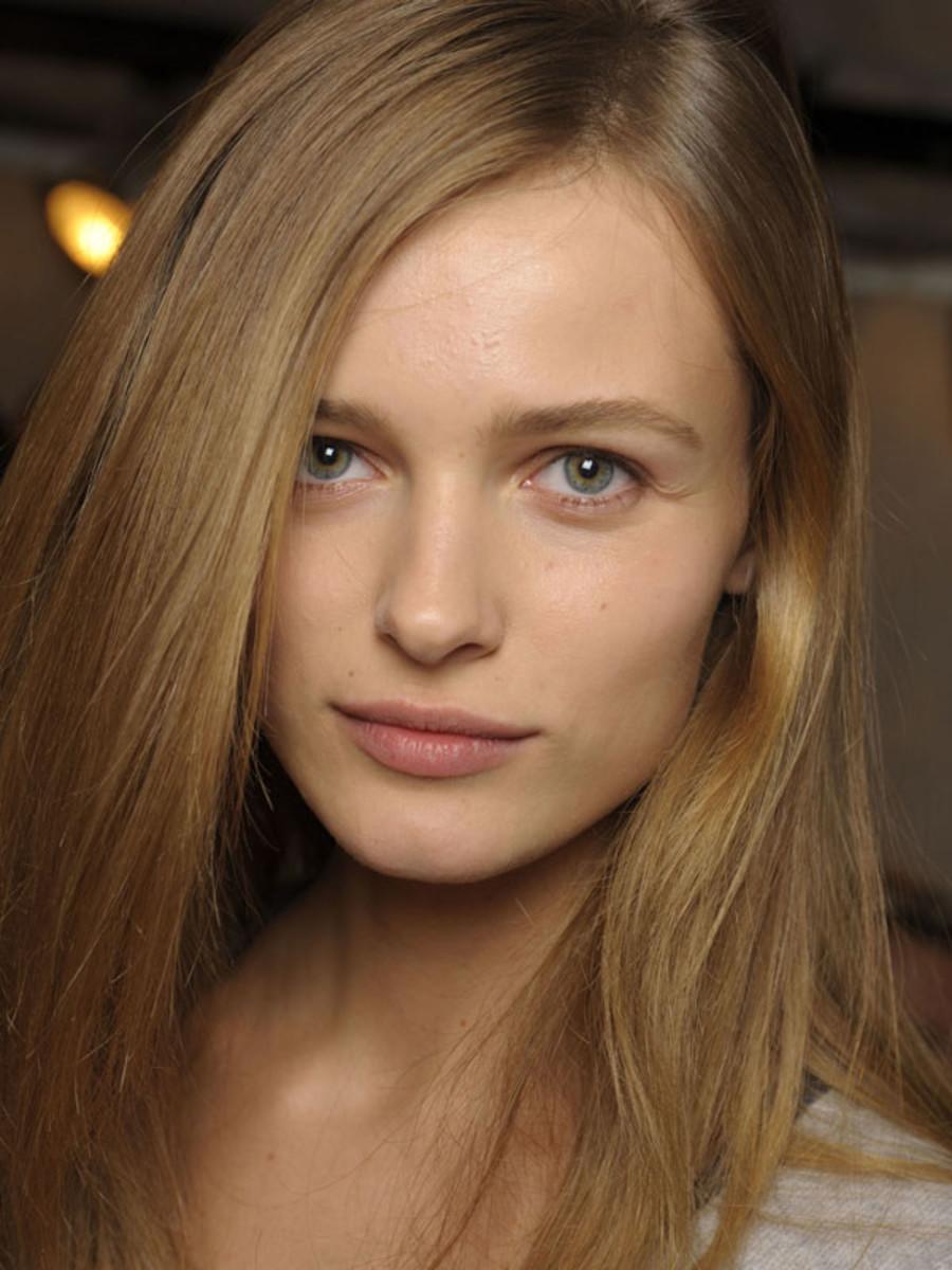 Chloe - Spring 2009 makeup