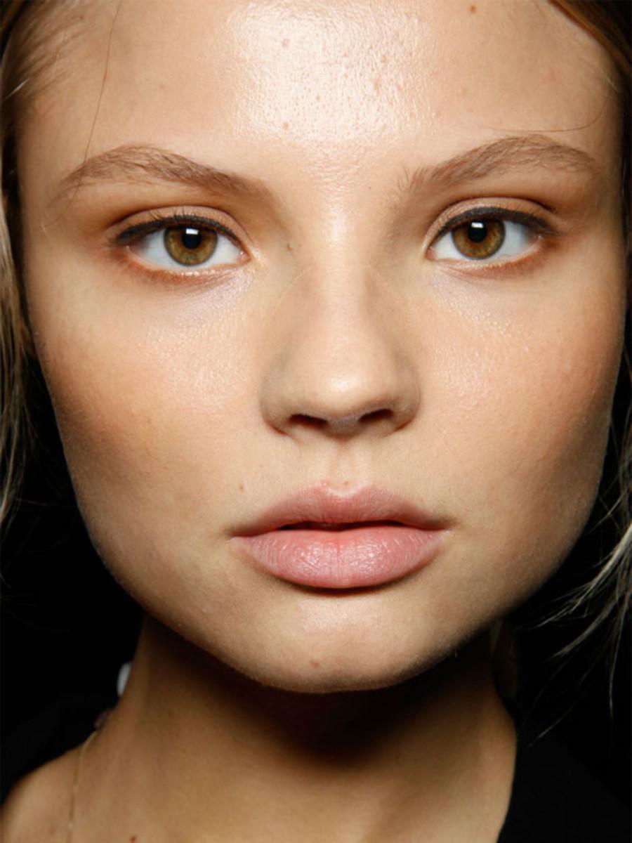 Carolina Herrera - Spring 2012 makeup