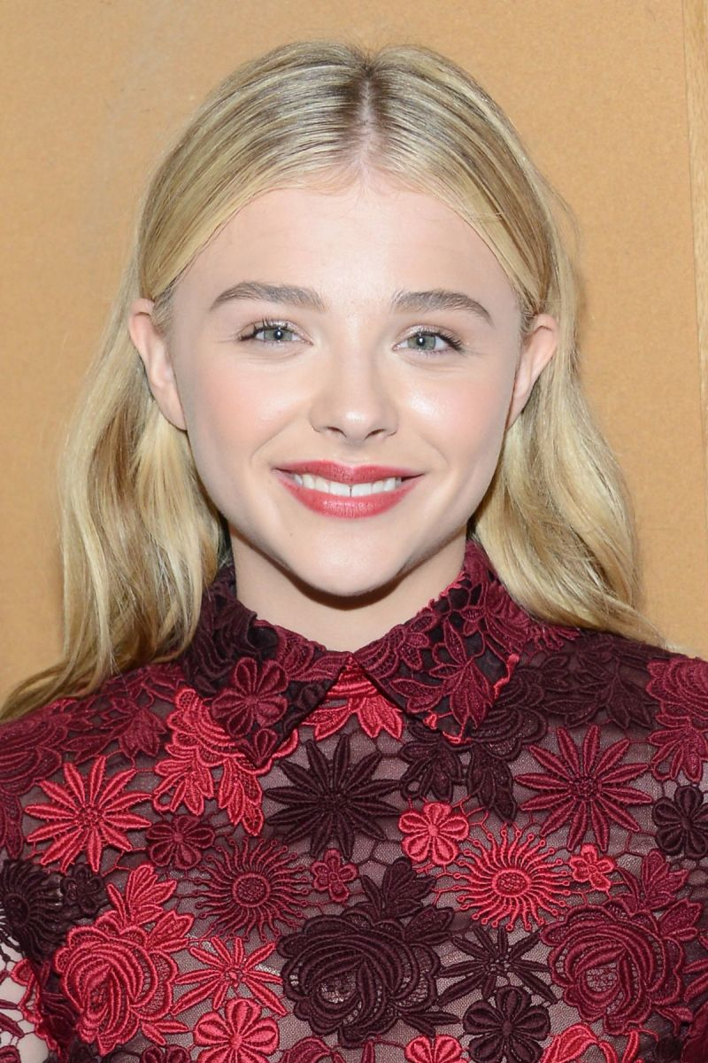 Young Hollywood Awards 2014: The Must-See Beauty Looks ... Chloe Moretz 2014