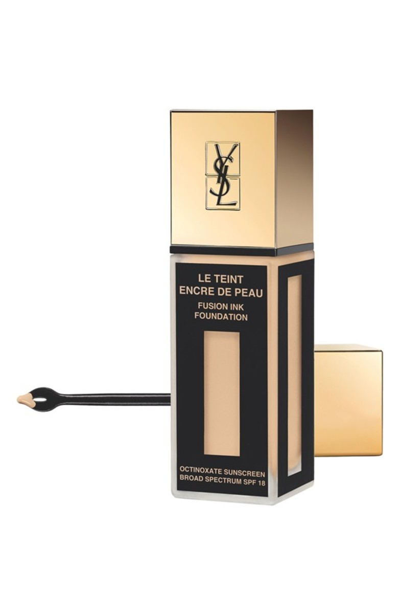 Yves Saint Laurent Fusion Ink Foundation in B20 Ivory