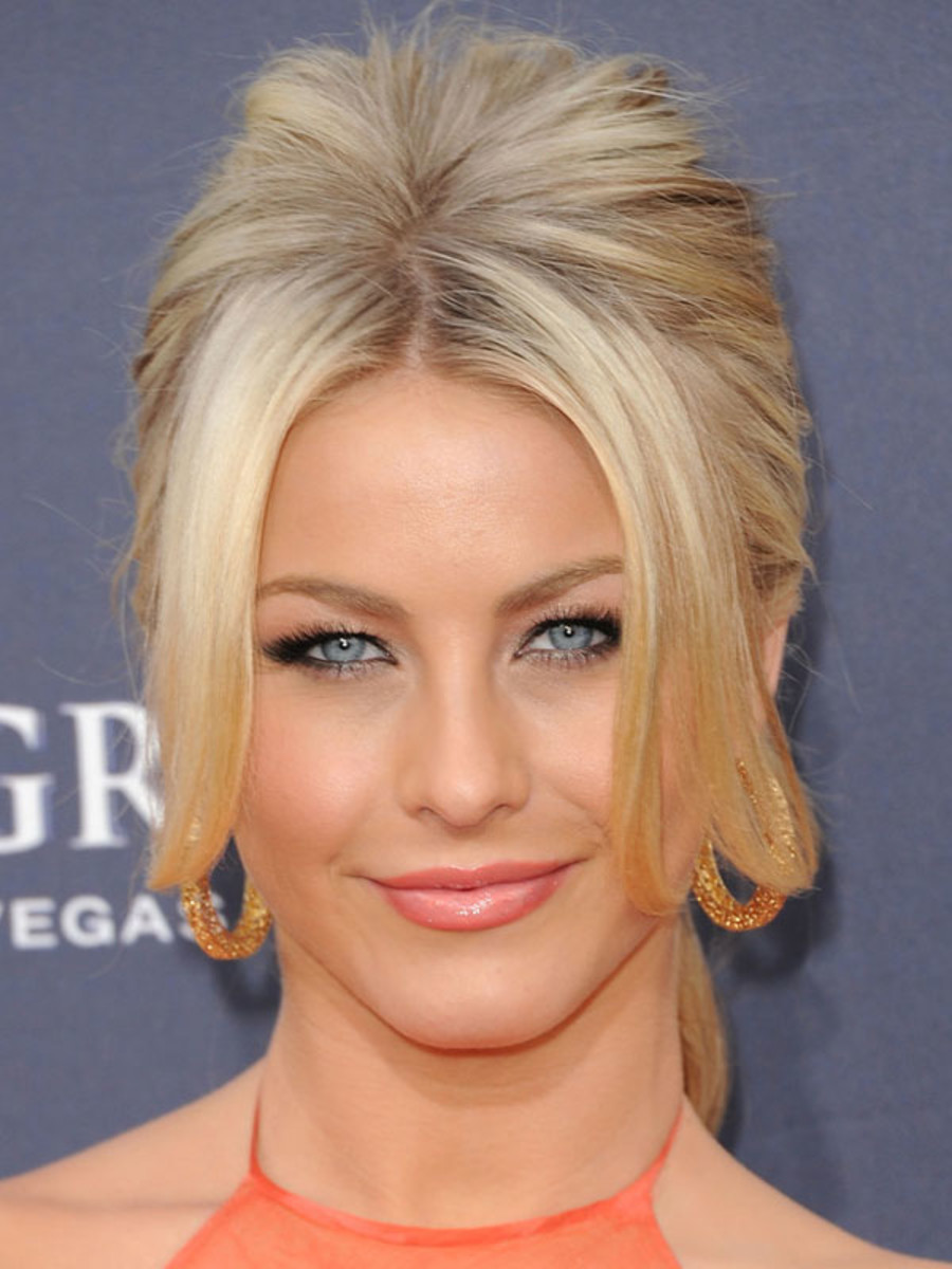 Julianne Hough inverted triangle face bangs