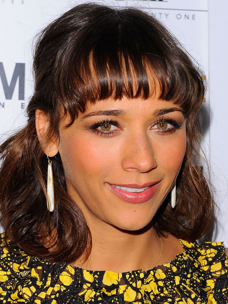 Rashida Jones inverted triangle face bangs