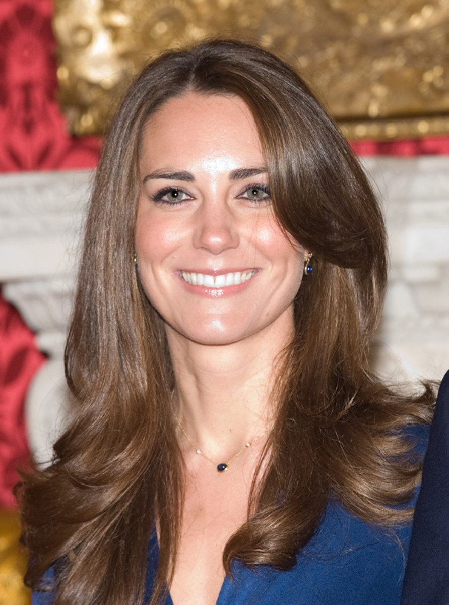 Kate-Middleton-engagement-hair