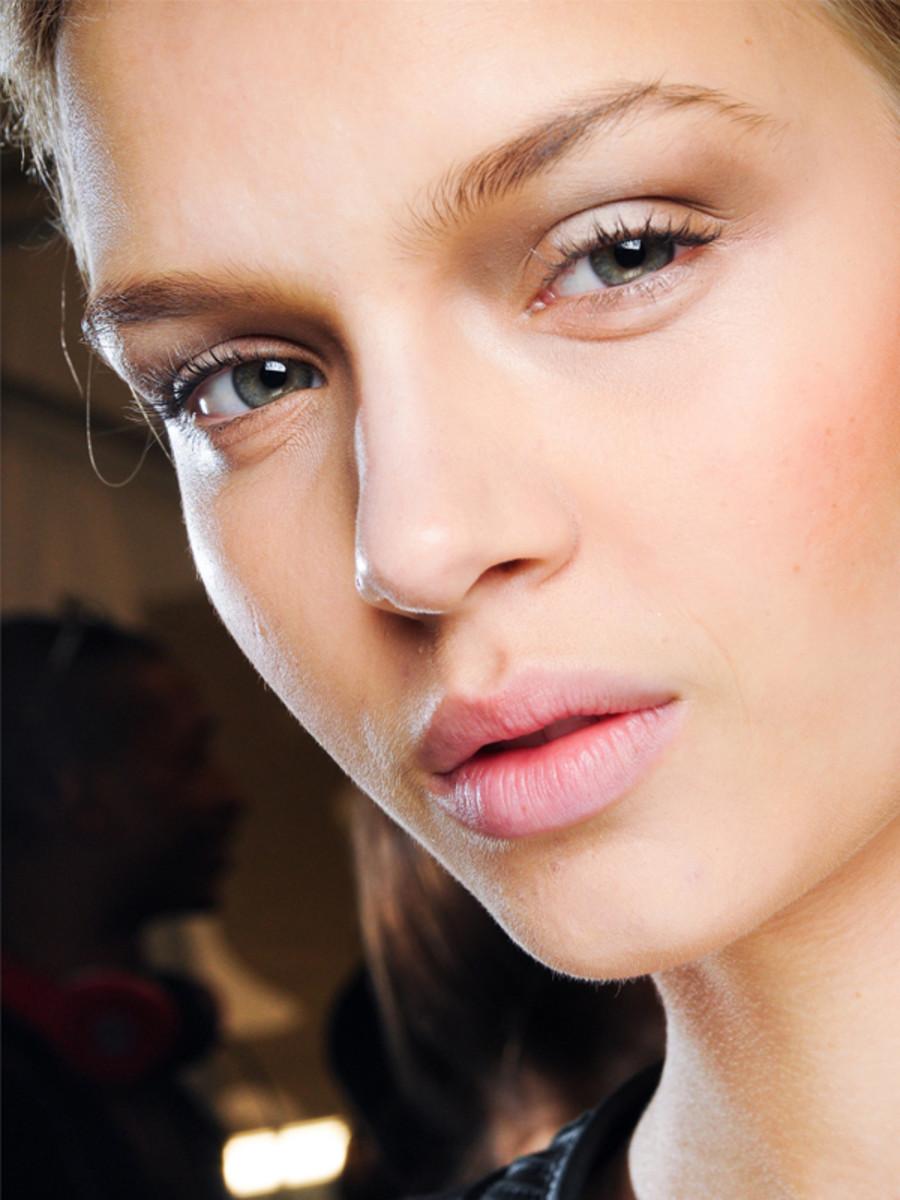 Diane von Furstenberg - Spring 2012 makeup