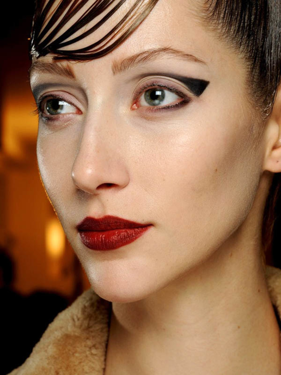 Armani Prive - Spring 2013 Couture makeup