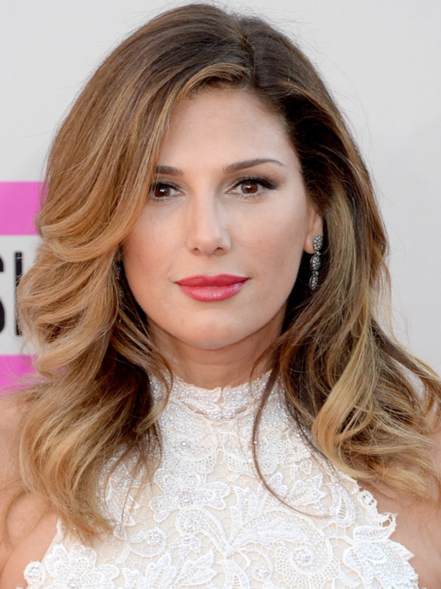 Daisy Fuentes, American Music Awards, 2013