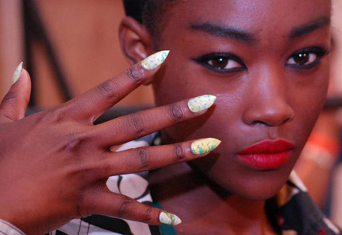 Charlie-Le-Mindu-nails-spring-2011