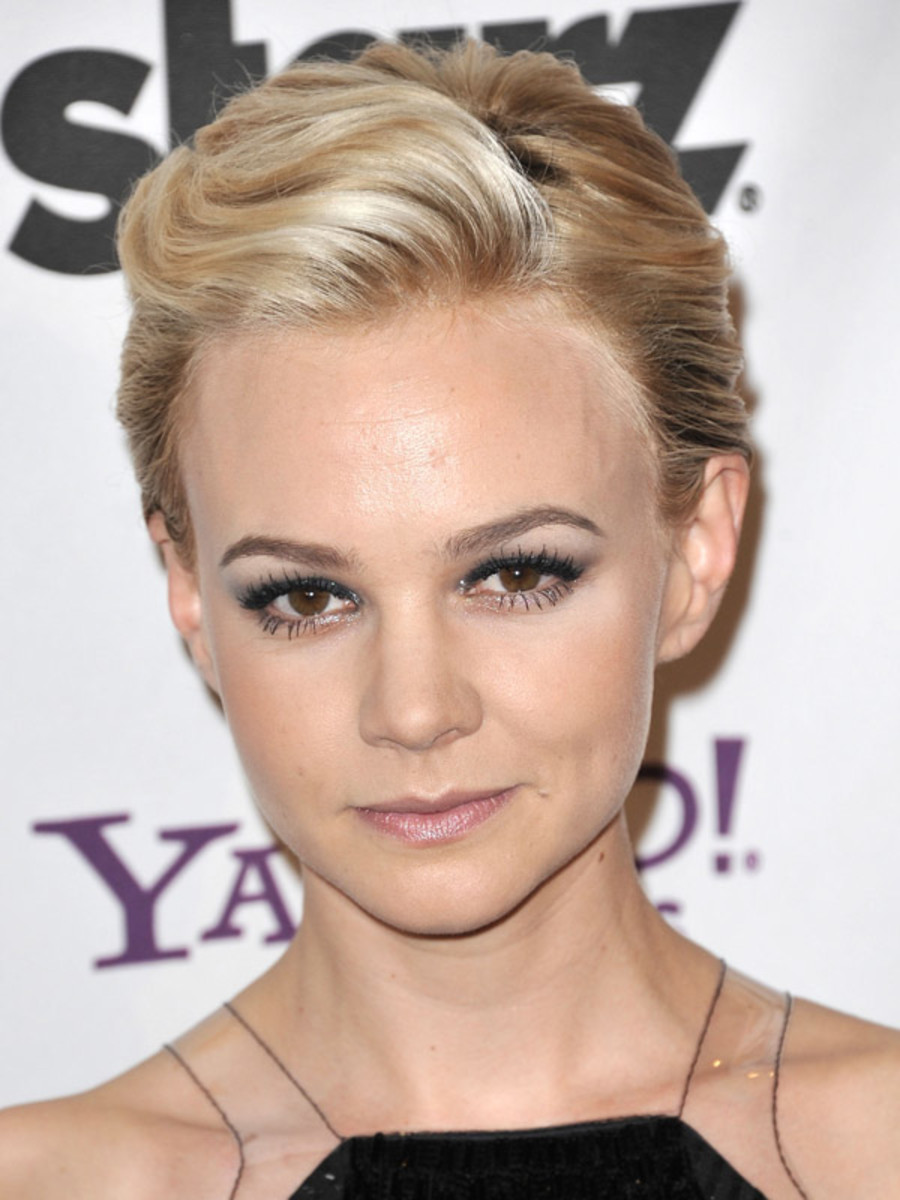 Carey-Mulligan-Hollywood-Film-Awards-2011