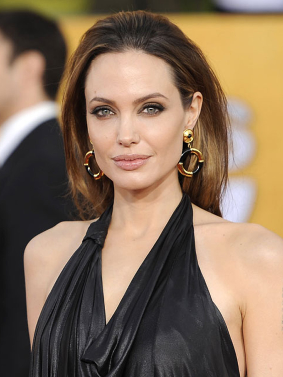 SAG-Awards-2012-Angelina-Jolie