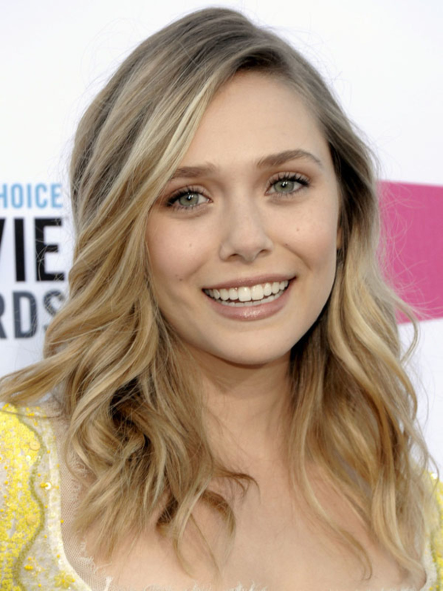 Critics-Choice-Awards-2012-Elizabeth-Olsen