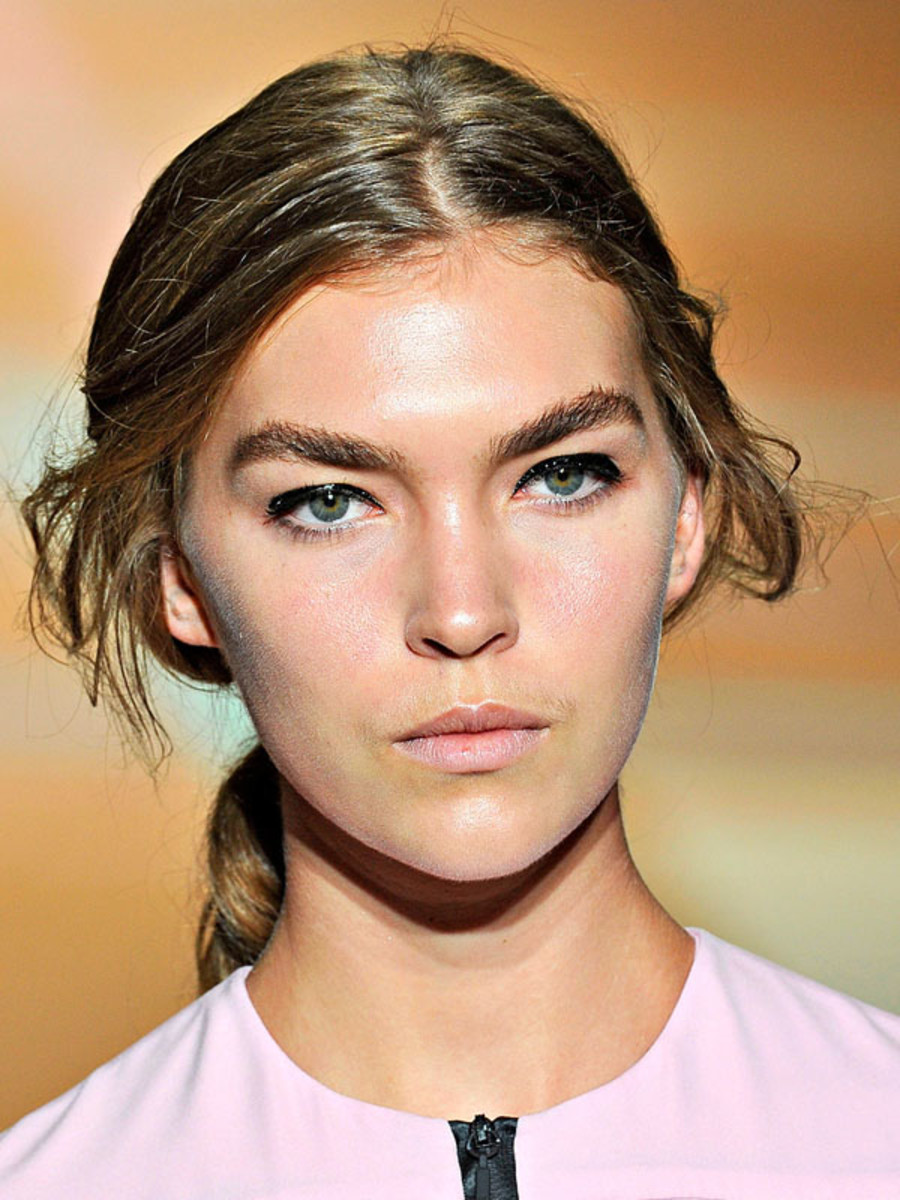 Versus-Spring-2012-beauty