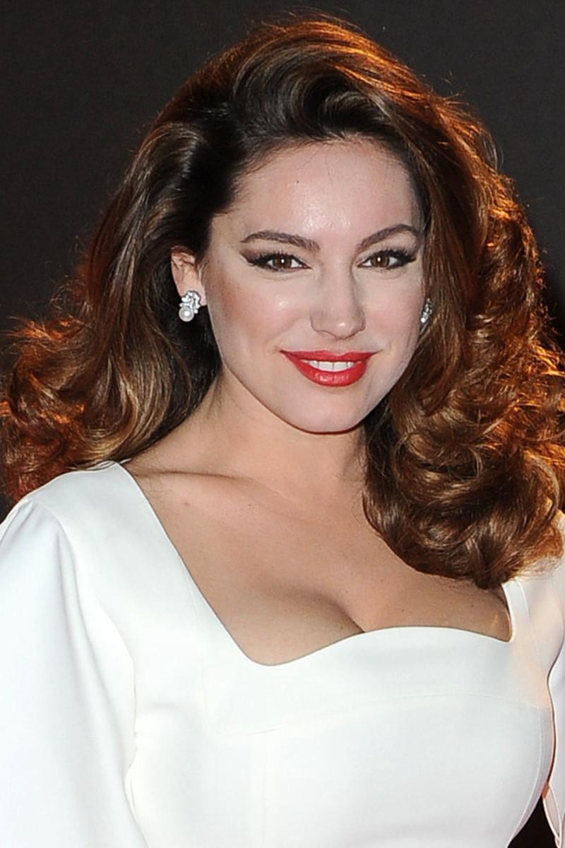 Kelly Brook, British Fashion Awards, 2013