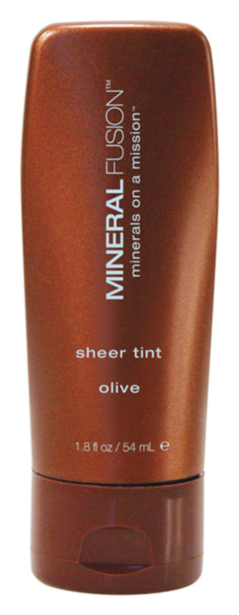 Mineral Fusion Sheer Tint in Olive