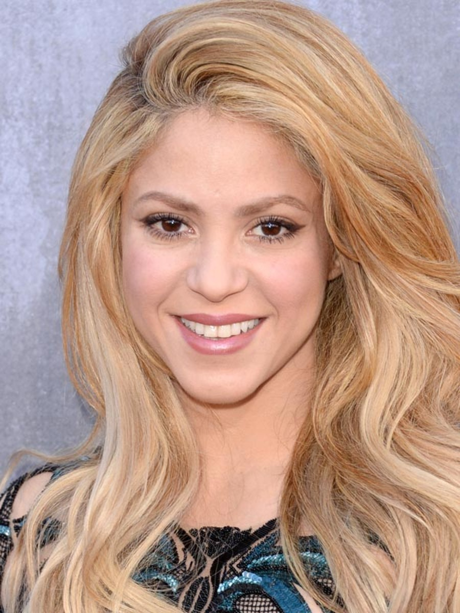 Shakira, Academy of Country Music Awards, 2014