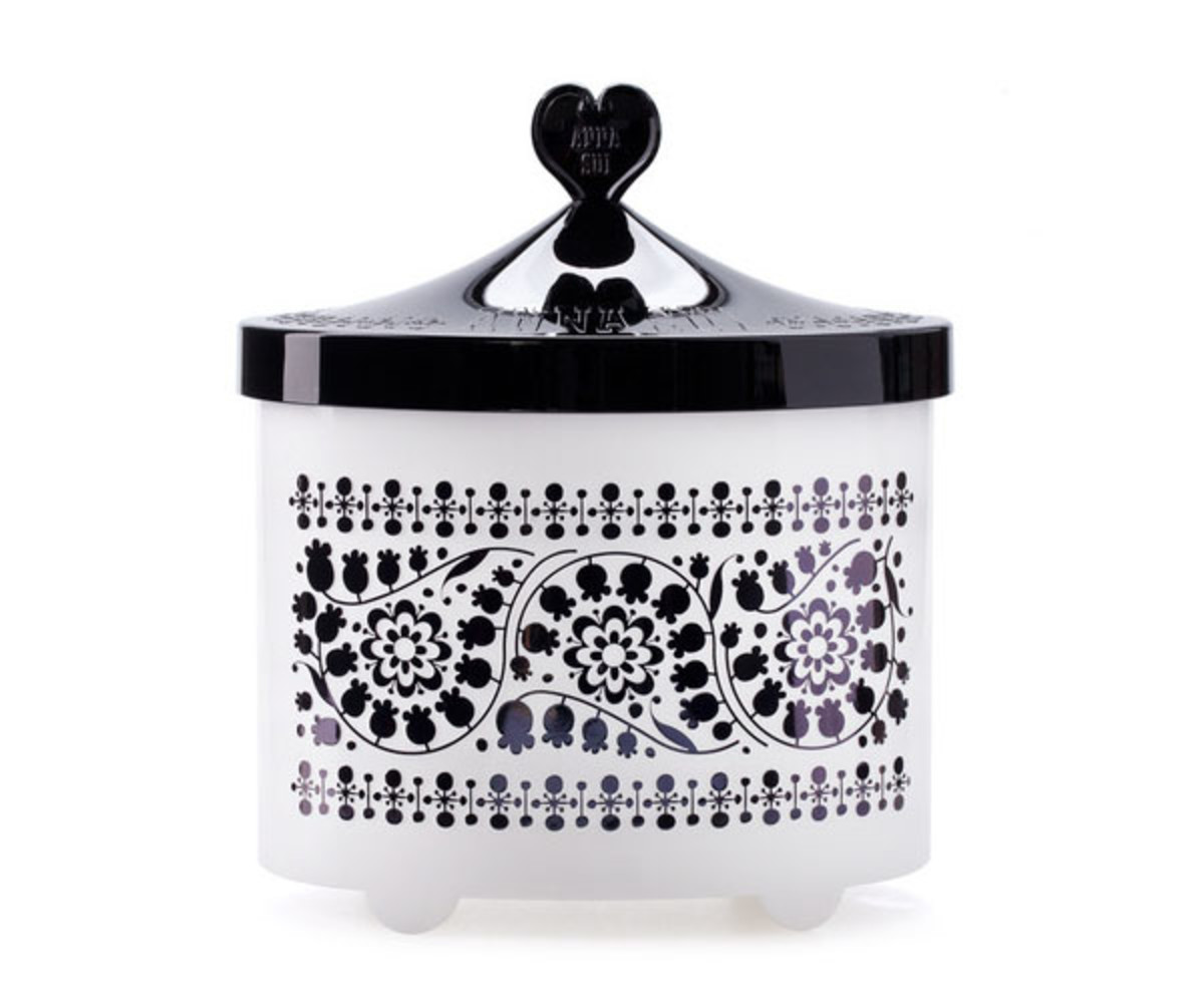 Anna Sui Beauty Box