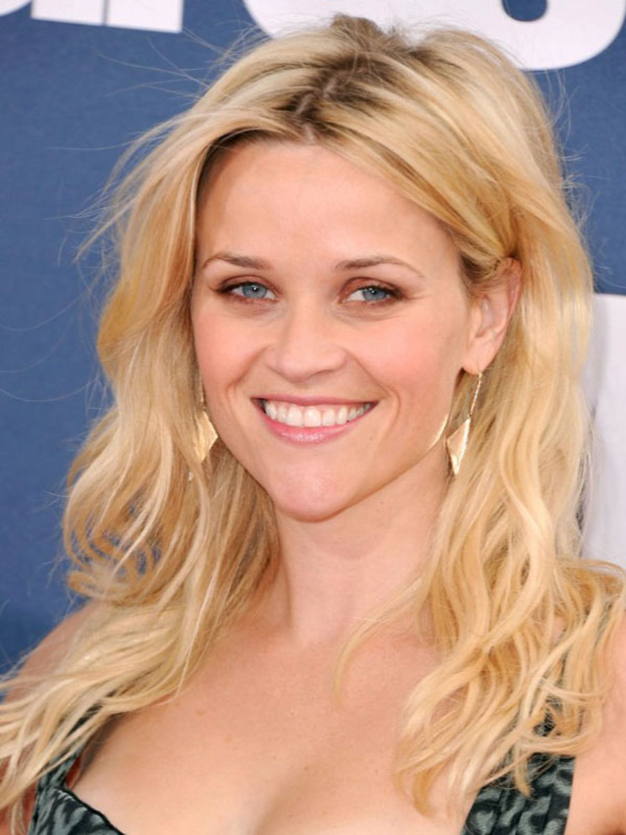 haircuts for curly fine hair the best cuts for wavy hair beautyeditor 4559 | reese witherspoon mtv movie awards 2011