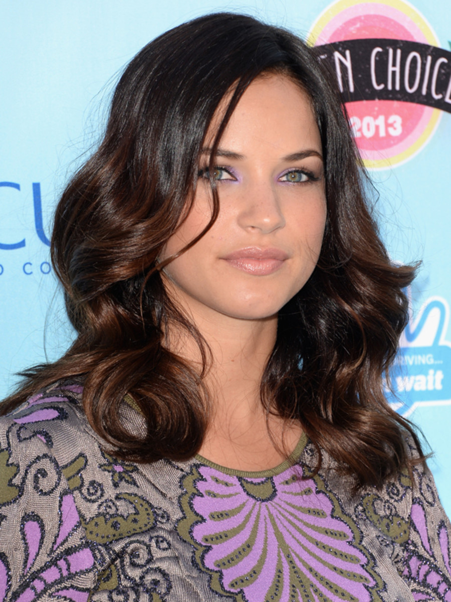 Alexis Knapp - Teen Choice Awards 2013