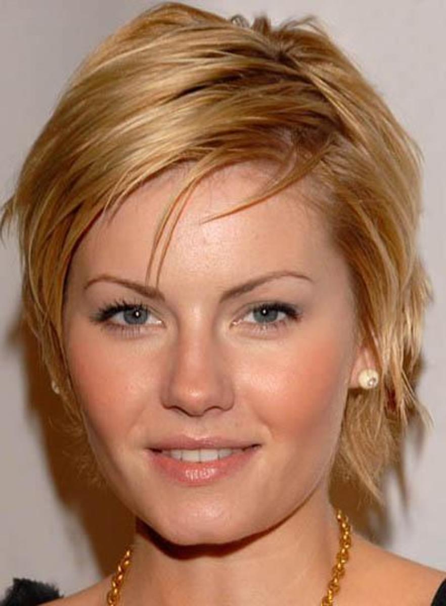 Elisha Cuthburt - short hair