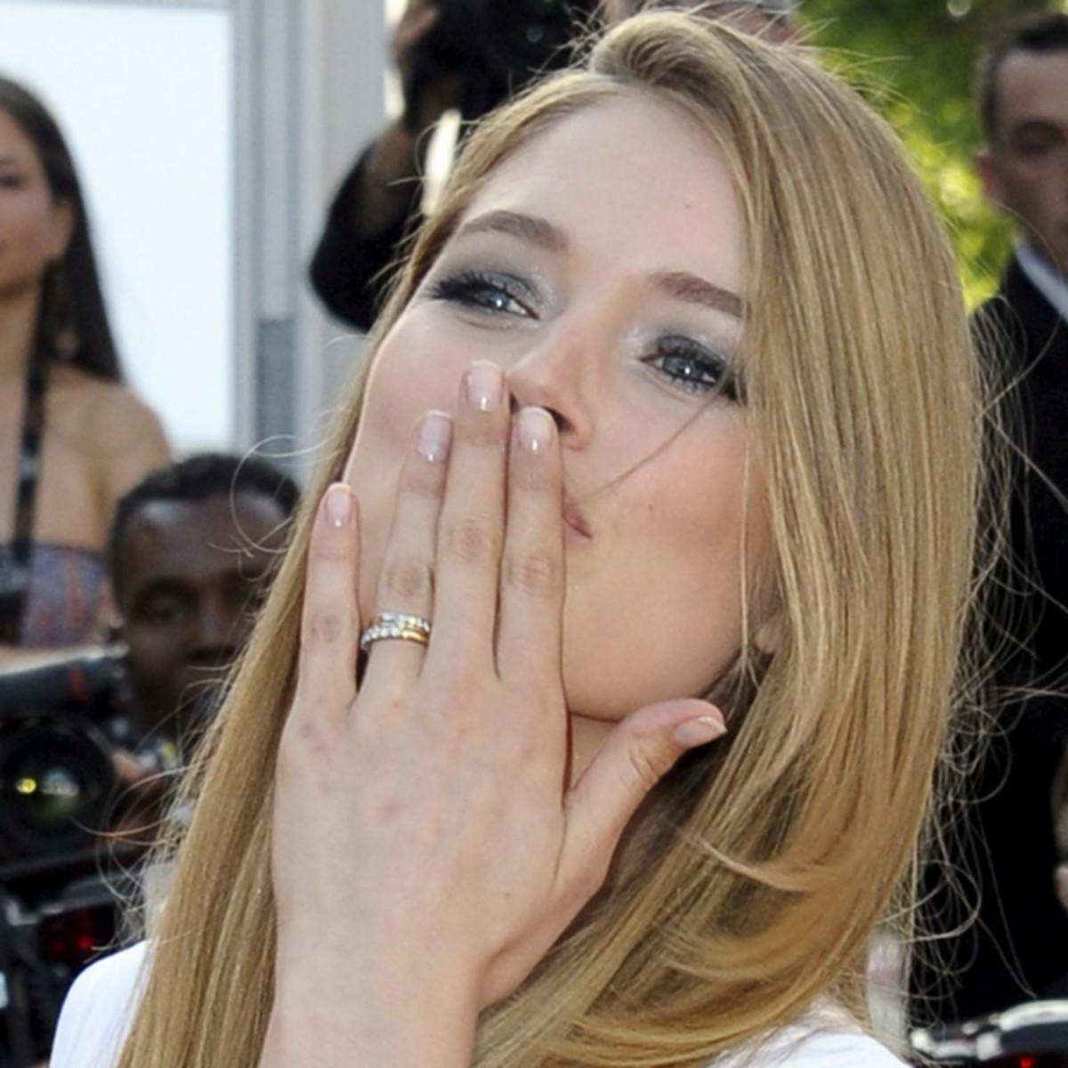 Doutzen-Kroes-Cannes-2011-2