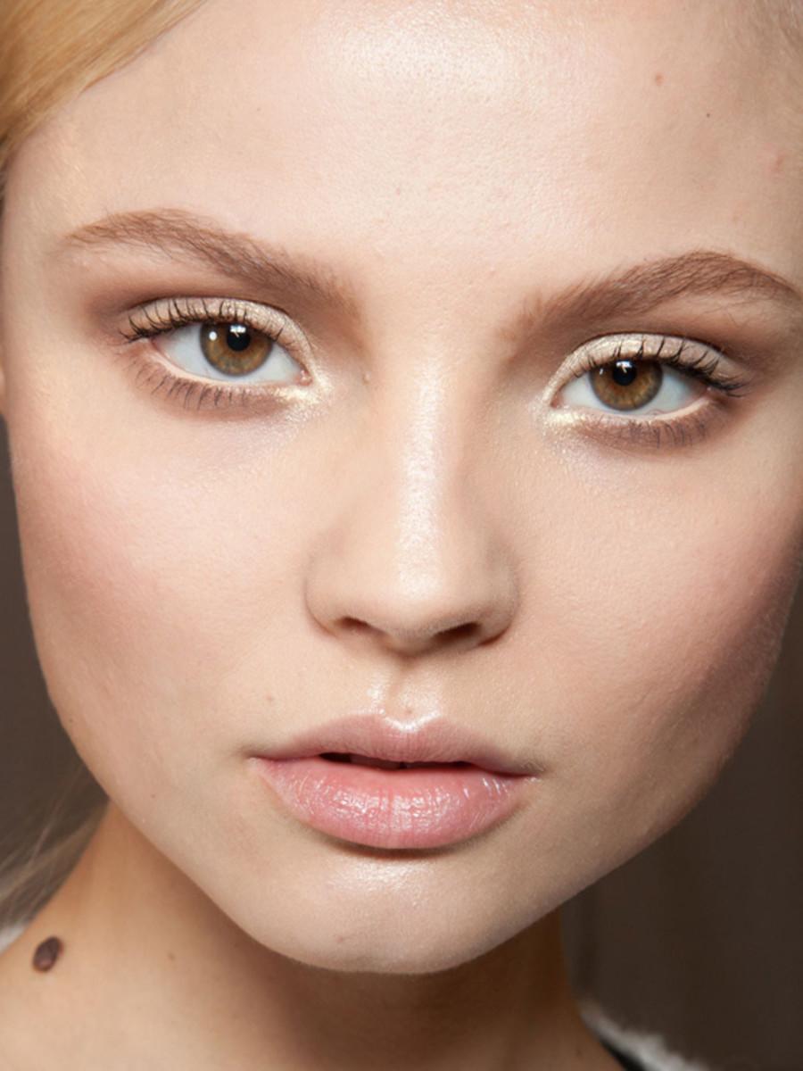Christian-Dior-FW12-makeup
