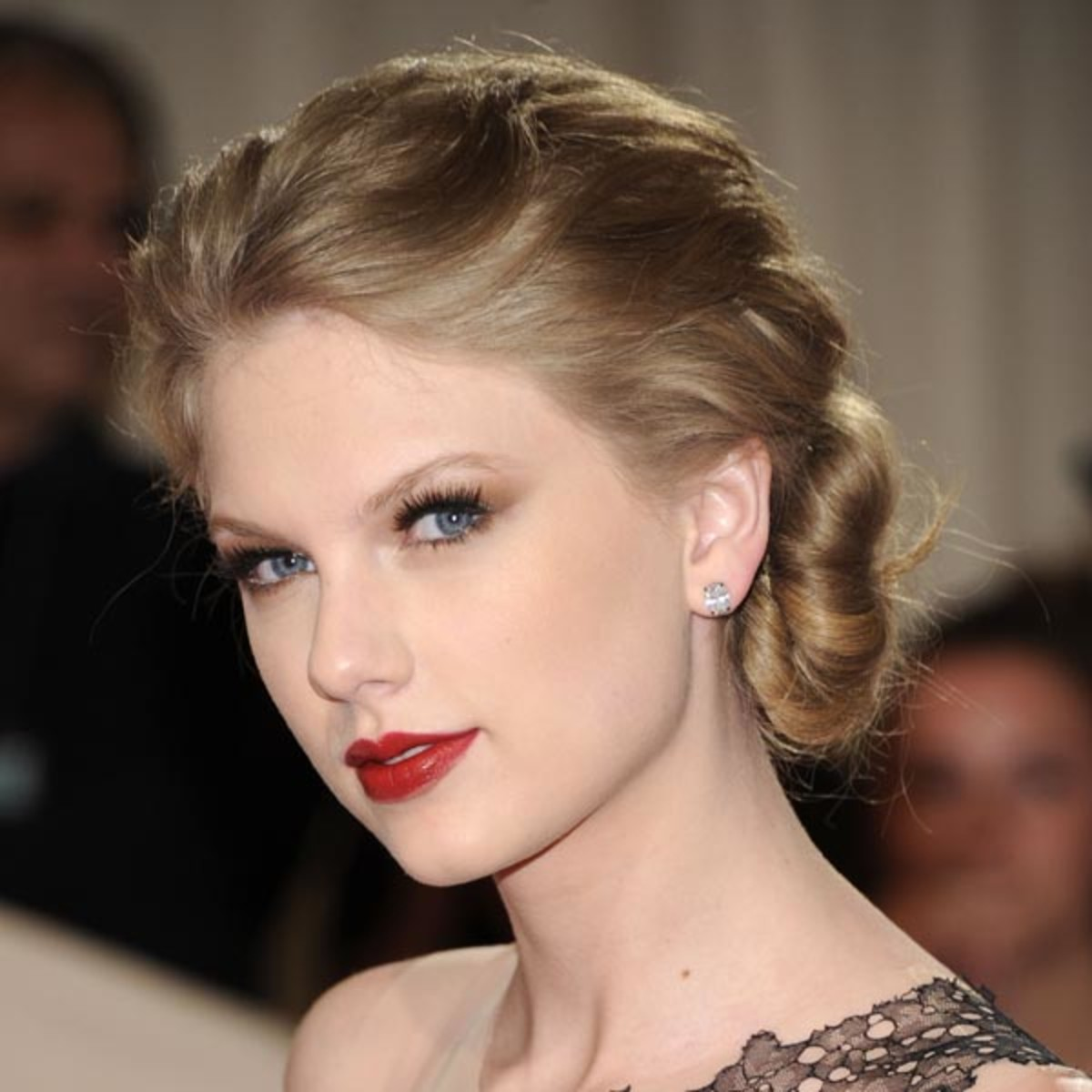 Met-Ball-2011-Taylor-Swift