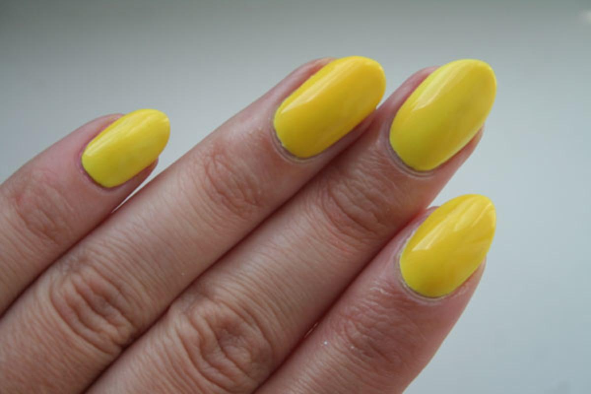 OPI\'s Neon Revolution Collection Screams Summer - Beautyeditor