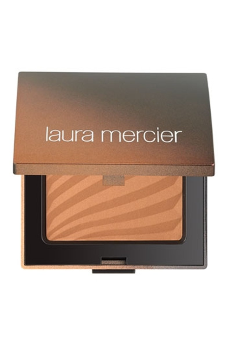 Laura Mercier Bronzing Pressed Powder in Matte Bronze