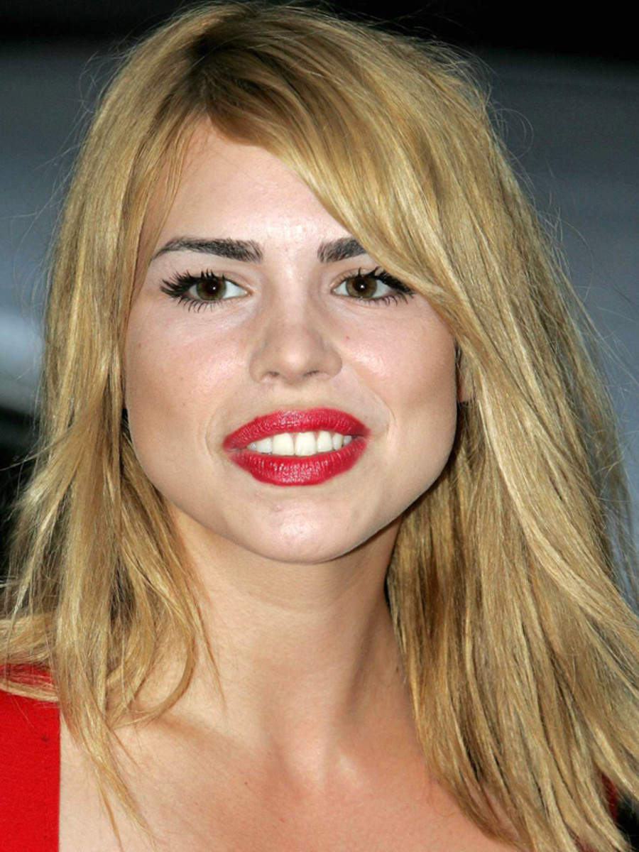 Billie Piper pear face bangs (1)