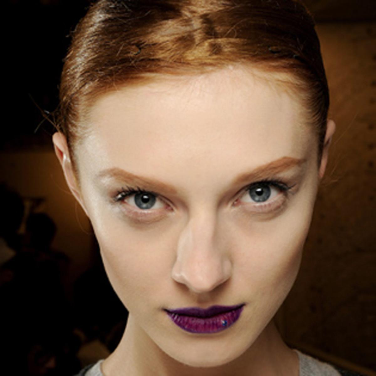 Armani-Prive-SS11-couture-makeup