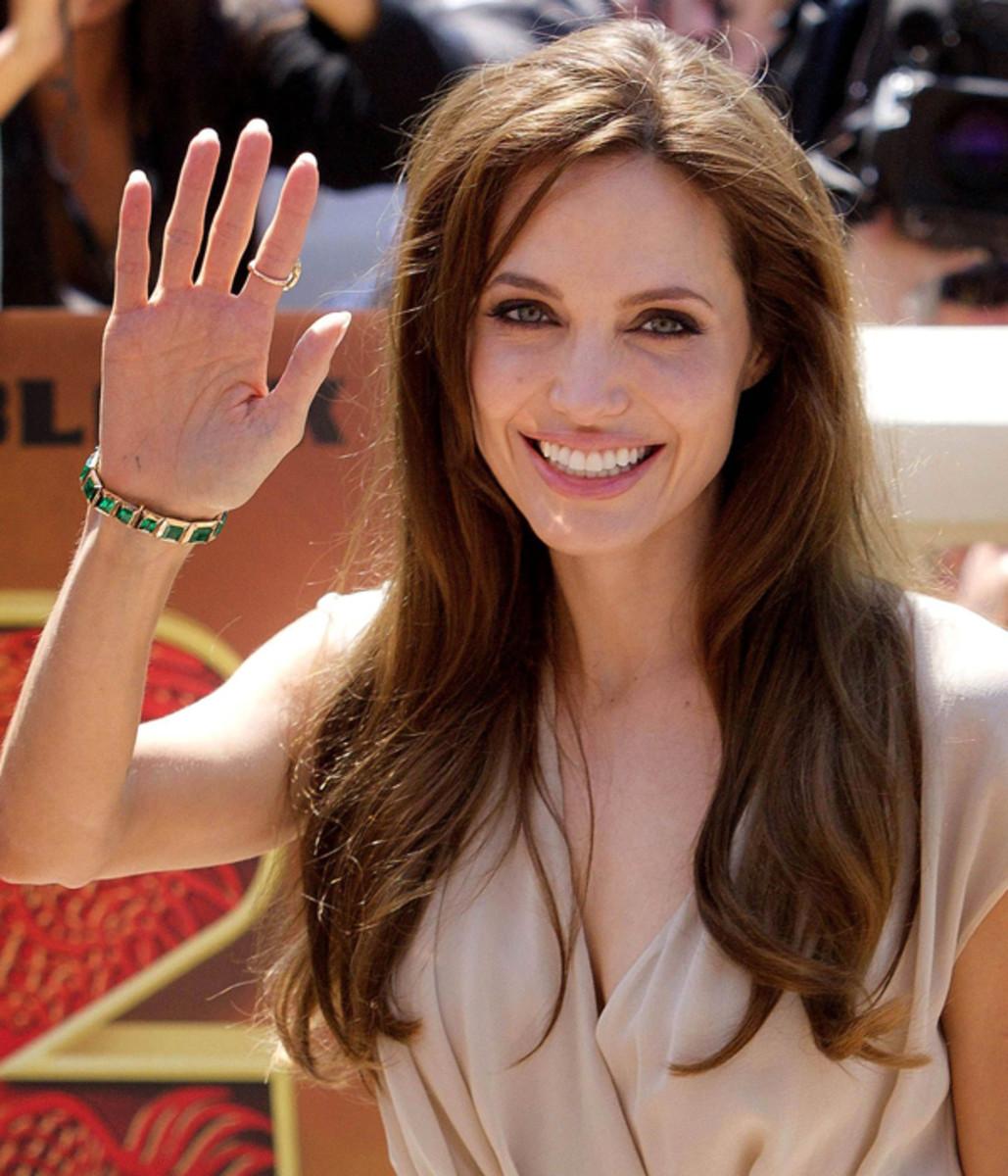 Angelina-Jolie-Kung-Fu-Panda-photocall-Cannes-2011