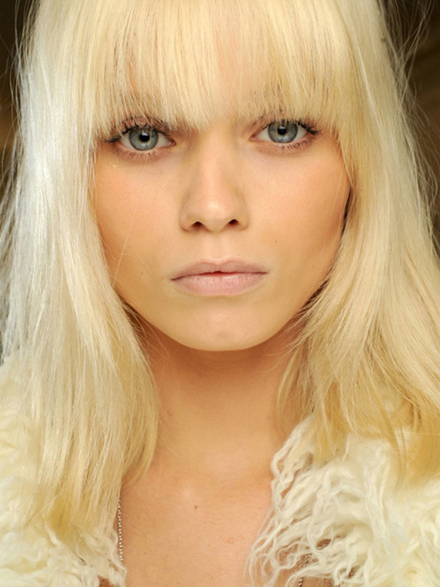 Abbey Lee Kershaw - platinum blonde